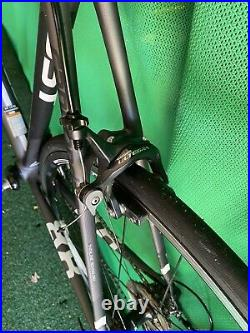 Cannondale Supersix Evo 6 Shimano 105 Full Carbon Road Bike 56CM Black White