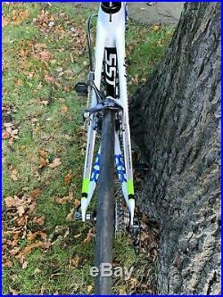 Cannondale Supersix Evo carbon road bike 56cm frame, Shimano 105 groupset