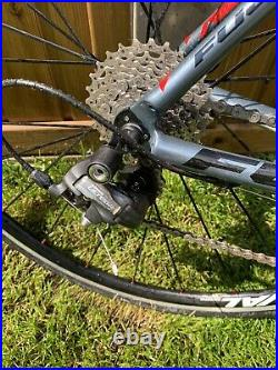Fuji Grand Fondo 1.5 Carbon Road Bike Medium 53cm Shimano Ultegra, Sportive