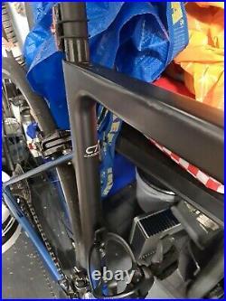 Large Boardman SLR 8.9 2021, Full Carbon Road Bike with Shimano 105 Groupset