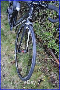 NEW Felt F6 Carbon Road Bike 7.5kg with Shimano 105 5800 11 speed 56cm like F5