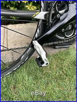 Scott CR1 Comp carbon road bike, hardly ridden, Shimano 105 Groupset