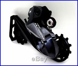 Shimano Ultegra Di2 R8070 Hydraulic Disc Brake Groupset with Di2 Junctions & Wires