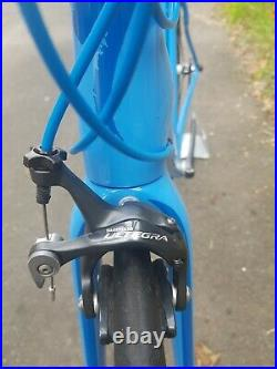 Specialized Roubaix Shimano Ultegra Road Bike Used 54cm