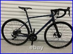Triban RC520 Road Bike Carbon Fork, Shimano 105, Medium