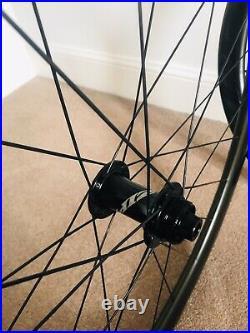 Zipp 302 Disc Brake Shimano Carbon Wheels, Wheelset